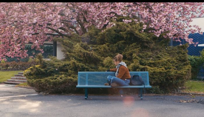 Blue-is-the-warmest-color-4.jpg