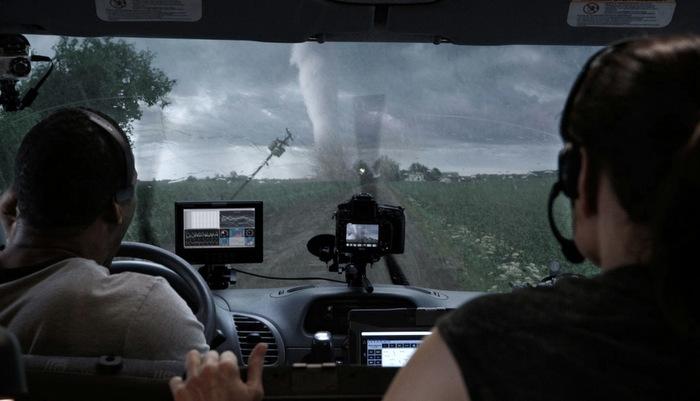 hinh_anh_cuong_phong_thinh_no_into_the_storm__33.jpg