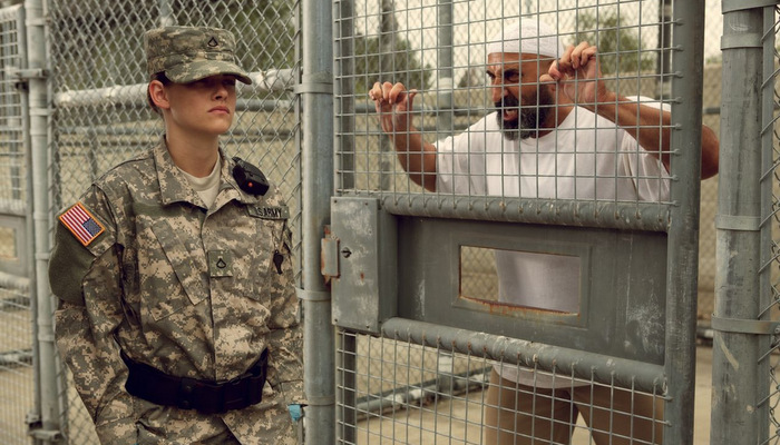 kristen-stewart-camp-x-ray-movie-photos-hq-_1-forward-march-kristen-stewart-s-new-camp-x-ray-trailer-hits-hard.jpg
