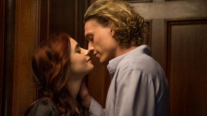 the-mortal-instruments-city-of-bones-lily-collins-jamie-campbell-bower.jpg