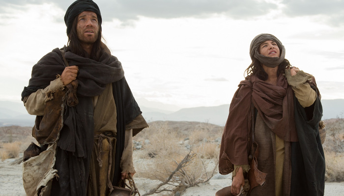 Last_Days_in_the_Desert_-_Ewan_McGregor_and_Tye_Sheridan.jpg